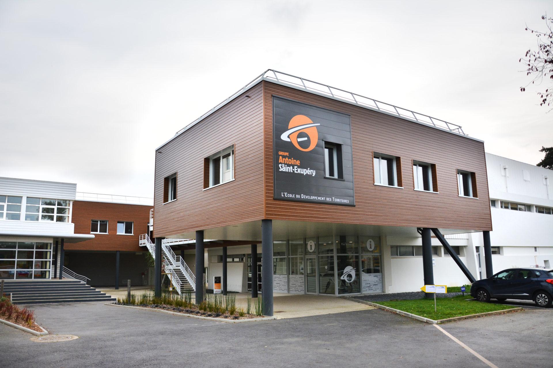 Lycée Saint Antoine de Saint Exupéry à Rennes (35)