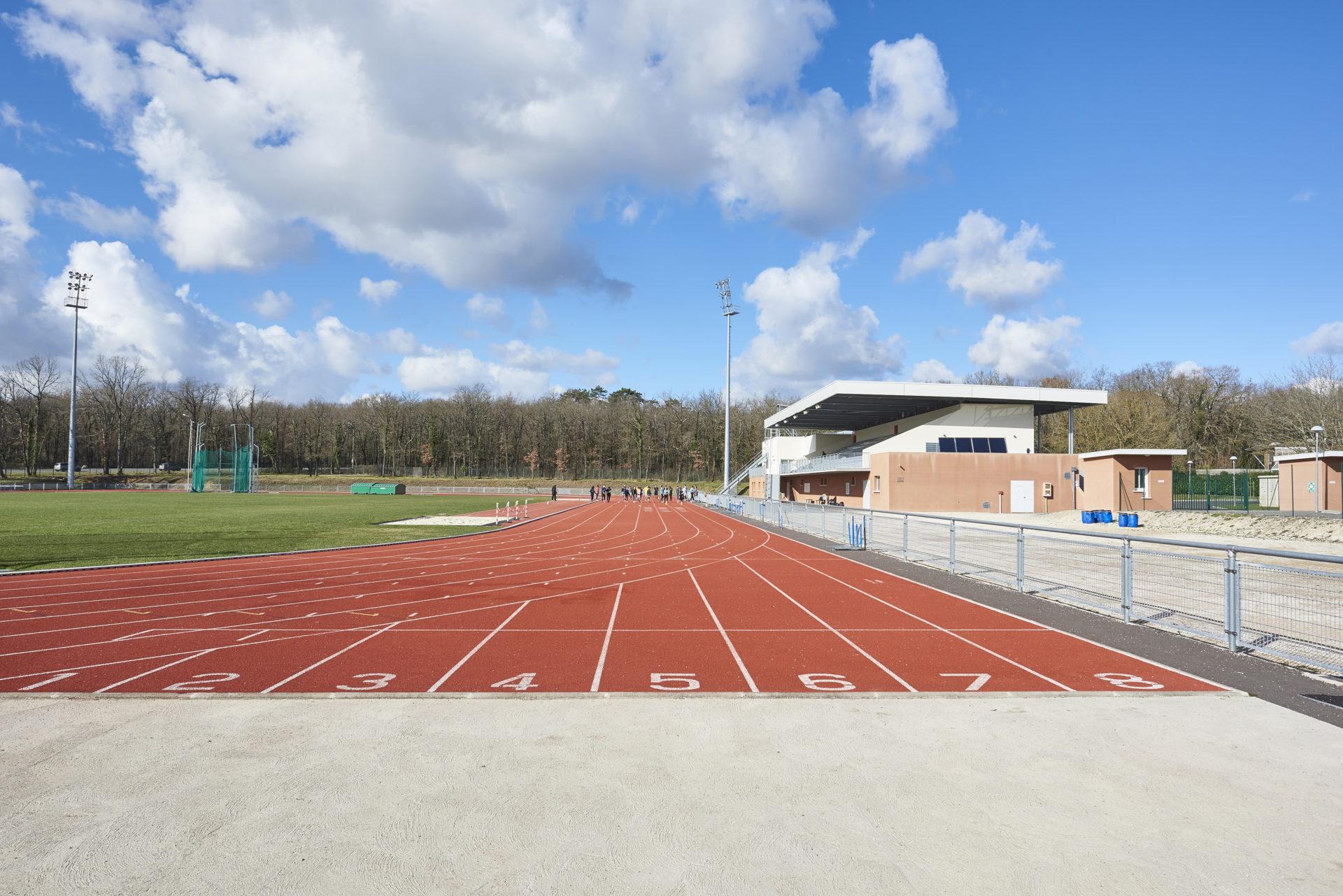 Stade d'athlétisme à Angoulême (16)